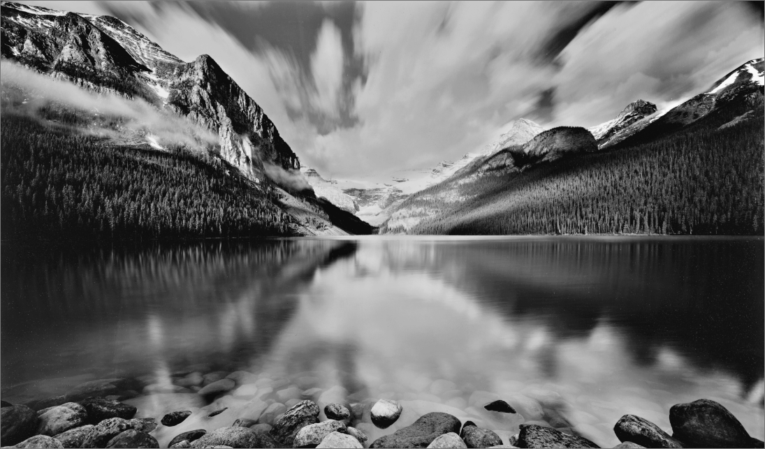 An old black and white view of Lake Louise